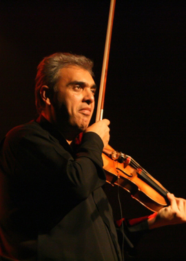 Florin Niculescu violoniste Artistic Production Agence d'administration et de production de spectacles +33 (0) 556 32 40 78​